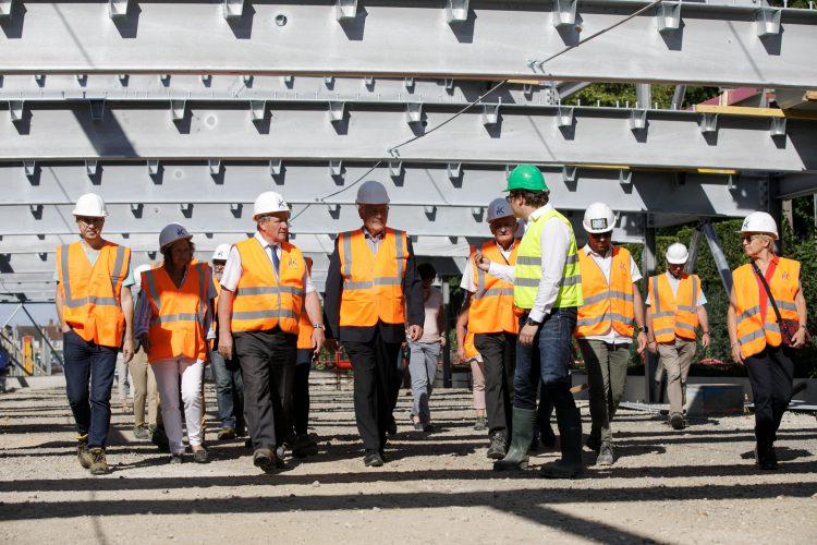 Les élus visitent en avant-première le parking aérien du Pôle Gare de Dreux